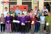 Formosa trao 87 suất quà cho hộ nghèo thị xã Kỳ Anh