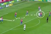 """Messi cũng phải """"ngả mũ"""" trước pha solo qua 7 cầu thủ"""