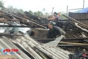 1,5 tỷ đồng cứu trợ khẩn cấp người dân 6 tỉnh bị thiệt hại do bão số 10