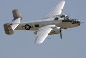 """Siêu phẩm máy bay ném bom B-25 của Mỹ - """"Công chúa Thái Bình Dương"""""""