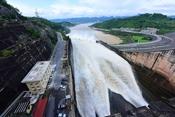Thủy điện Hòa Bình đặc biệt như thế nào?