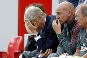 Vấn đề của Arsenal: Khi những đôi chân không còn muốn đá