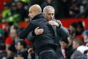 Tố Man City toàn ăn may, Mourinho bị Pep chê lắm mồm