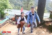 Chùa Hương Tích đón hàng ngàn lượt khách đầu Xuân mới