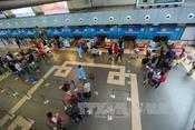 Vietnam Airlines tăng giá vé trẻ em lên 90% giá vé người lớn