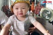 Cháu bé 12 tháng tuổi mong manh sự sống