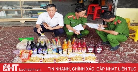 1 tiệm trà sữa ở Cẩm Xuyên sử dụng phẩm màu, khoai tây chiên trôi nổi