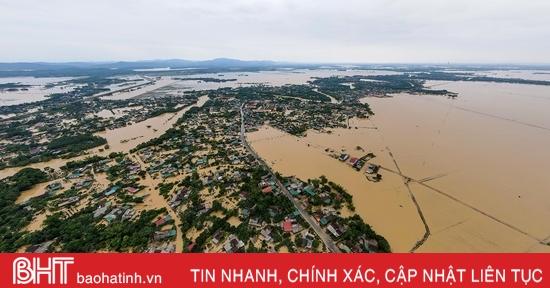 10 xã của Hà Tĩnh vẫn đang ngập trong nước lũ