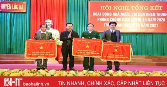 13 tập thể, 18 cá nhân ở Lộc Hà được UBND tỉnh Hà Tĩnh tặng bằng khen
