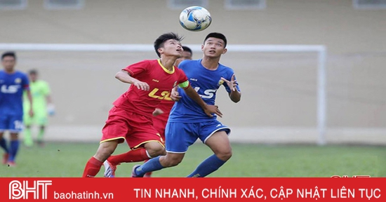 5 cầu thủ Hà Tĩnh cùng CLB Phù Đổng giành quyền lên hạng Nhất 2021