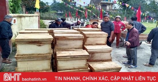 800 đàn ong giống giúp người dân Hương Sơn xây dựng mô hình VietGAP