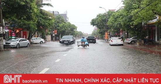Ảnh hưởng hoàn lưu bão số 9 kết hợp không khí lạnh tăng cường, Hà Tĩnh có nơi mưa rất to