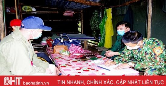 Hà Tĩnh: Bắt 2 đối tượng cắt rừng để trốn cách ly nhập cảnh vào Việt Nam