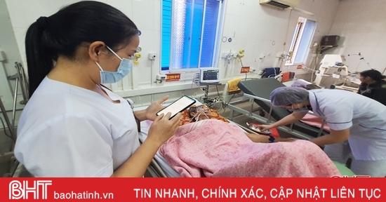 Bệnh viện tuyến huyện đầu tiên ở Hà Tĩnh giám sát quy trình chuyên môn trên smartphone