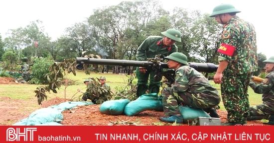 Bộ đội Hà Tĩnh vừa huấn luyện tốt, vừa chống dịch giỏi