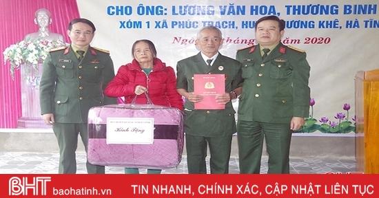 Bộ Quốc phòng bàn giao nhà tình nghĩa cho thương binh tại Hà Tĩnh