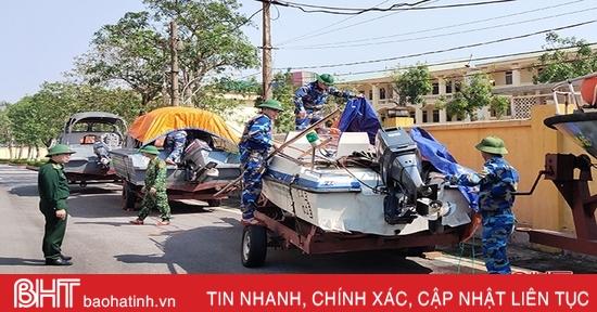 Các địa phương ở Hà Tĩnh gấp rút triển khai phương án ứng phó bão số 13