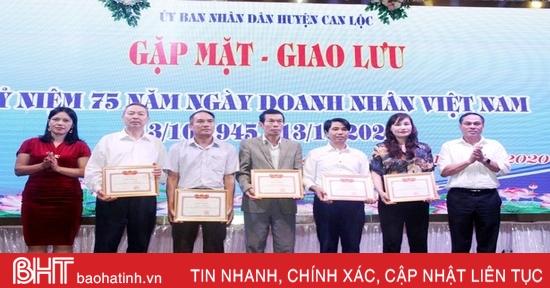 Can Lộc và Hương Khê gặp mặt, tôn vinh doanh nghiệp, HTX tiêu biểu