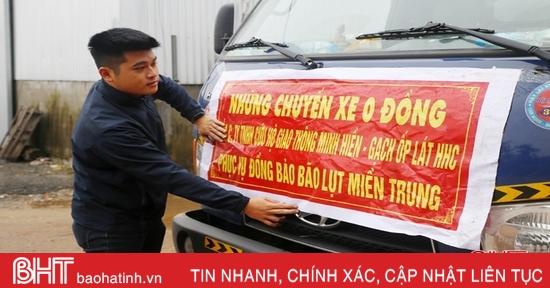 """Chàng trai Hà Tĩnh miệt mài trên """"chuyến xe 0 đồng"""" cứu trợ lũ lụt ở miền Trung"""