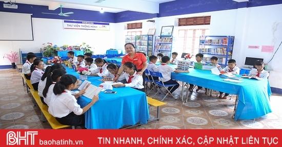 """Cô hiệu trưởng ở xã miền núi Hà Tĩnh say mê xây """"Trường học hạnh phúc"""""""