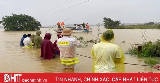 Công an Hà Tĩnh huy động 100% quân số ứng phó với mưa lũ