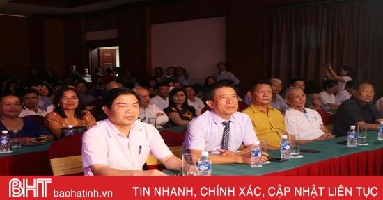 """Công chiếu phim tài liệu """"Đại thi hào Nguyễn Du"""" tại TP Hà Tĩnh"""