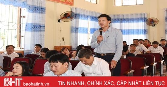 Cử tri Lộc Hà, Cẩm Xuyên kiến nghị chính sách phát triển nông nghiệp, thu hút đầu tư