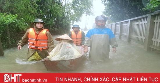 Đến chiều 19/10, Hà Tĩnh đã sơ tán 25.548 người dân, 1 trường hợp đi thả lưới chưa về