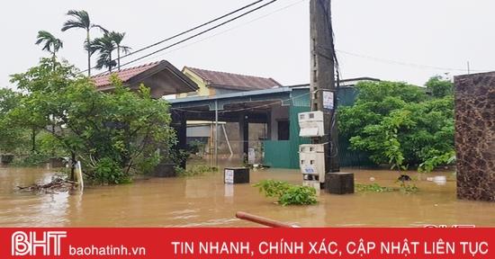 Điện lực Hà Tĩnh thiệt hại khoảng 13,2 tỷ đồng do mưa lũ