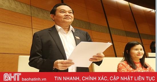 Đoàn ĐBQH Hà Tĩnh kiến nghị tiếp tục sắp xếp đơn vị hành chính
