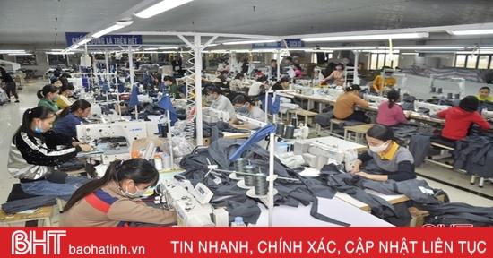 Doanh nghiệp may xuất khẩu Hà Tĩnh chốt đơn hàng đến quý II/2021