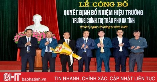 Đồng chí Nguyễn Trọng Tứ giữ chức vụ Hiệu trưởng Trường Chính trị Trần Phú