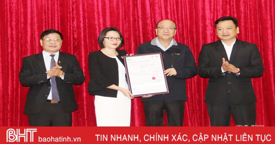 Formosa Hà Tĩnh đón nhận chứng nhận ISO về hệ thống quản lý môi trường