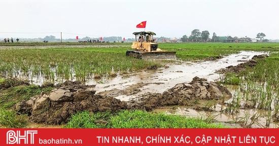 Hà Tĩnh đẩy nhanh khôi phục sản xuất gắn với xây dựng nông thôn mới