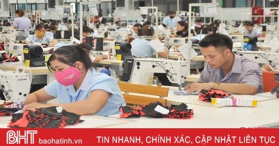 Hà Tĩnh thành lập mới 555 doanh nghiệp, tổng vốn đăng ký hơn 5.000 tỷ đồng