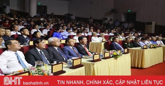 Hà Tĩnh trọng thể kỷ niệm 255 năm ngày sinh, tưởng niệm 200 năm ngày mất Đại thi hào Nguyễn Du
