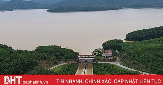 Hồ Kẻ Gỗ tăng lưu lượng xả tràn lên 100 - 300m3/s từ 6 giờ sáng mai