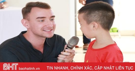 Học sinh iSchool Hà Tĩnh và New Knowledge Can Lộc hào hứng vui học tiếng Anh