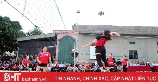 Hội LHPN xã Sơn Kim giành giải nhất Giải Bóng chuyền nữ huyện Hương Sơn
