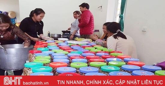 Hội Nông dân Hà Tĩnh tổ chức nhiều hoạt động hướng tới vùng lũ