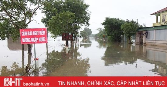 Hơn 3.450 hộ dân ở Hà Tĩnh vẫn đang bị ngập