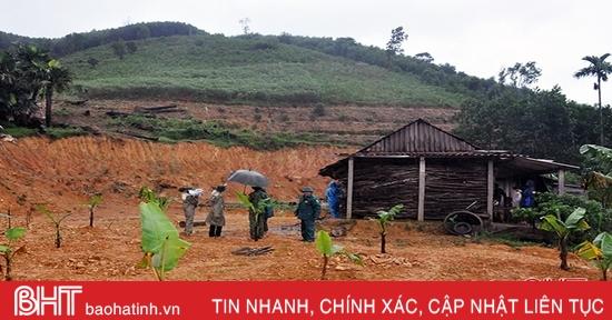 Hương Khê khẩn trương di dời gần 400 hộ dân trong vùng nguy cơ sạt lở
