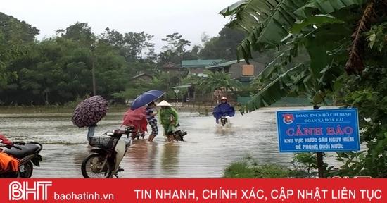 Hương Khê: Nước lũ chia cắt 6 xã, 366 hộ dân bị ngập