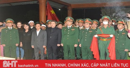 Lãnh đạo tỉnh Hà Tĩnh dâng hương tưởng nhớ các liệt sỹ hy sinh ở Rào Trăng 3