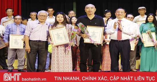 Long trọng trao giải thưởng VHNT và các cuộc thi về Nguyễn Du, Truyện Kiều