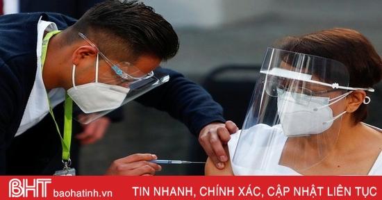 Mexico, Chile và Costa Rica bắt đầu tiêm chủng hàng loạt vaccine ngừa Covid-19