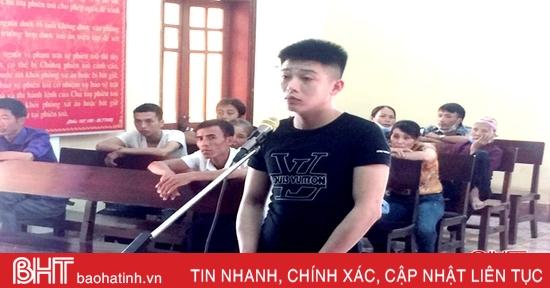 Mua 35 viên hồng phiến từ Quảng Bình về sử dụng, 9X Hà Tĩnh nhận 24 tháng tù