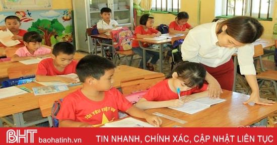Năm học mới, Nghi Xuân vẫn khó tìm giáo viên tiểu học để ký hợp đồng