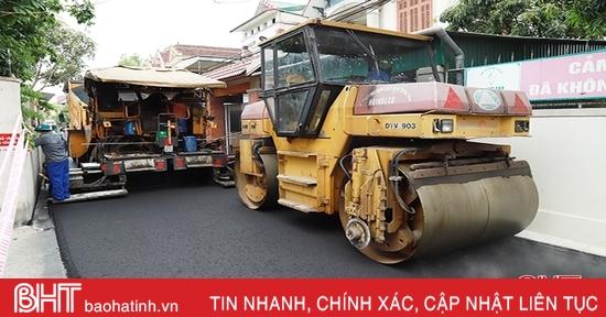 Nâng cấp, cải tạo mặt đường bằng bê tông nhựa chặt nóng