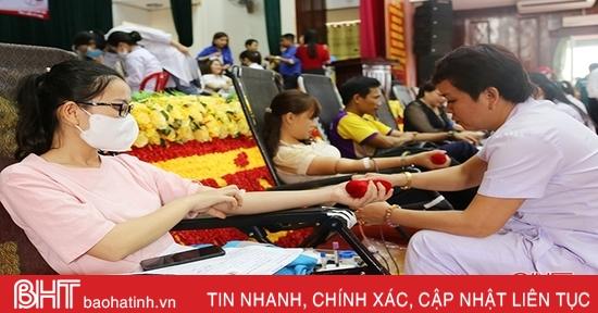 Ngày hội hiến máu ở Thạch Hà thu về 138 đơn vị máu